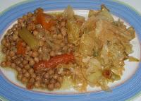 garbanzos con repollo y verduras