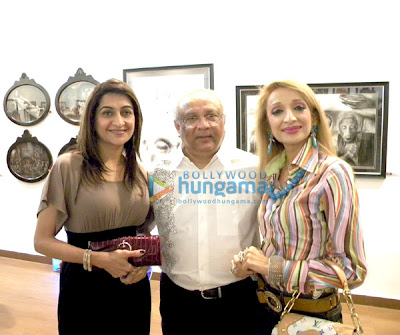 Sushmita Sen launches Charcoal exhibition by Gautam Patole image
