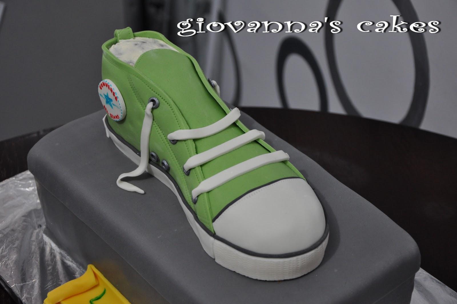 Giovanna39s Cakes Converse Sneaker Shoe Box Cake