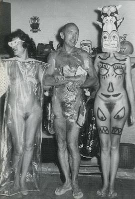 Naked girls sex cumshot