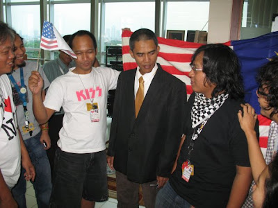 Duplicate Obama in Indonesia