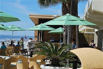The Blue Ocean Waters Of Folly Beach And Blu Restaurant Bar Team Up