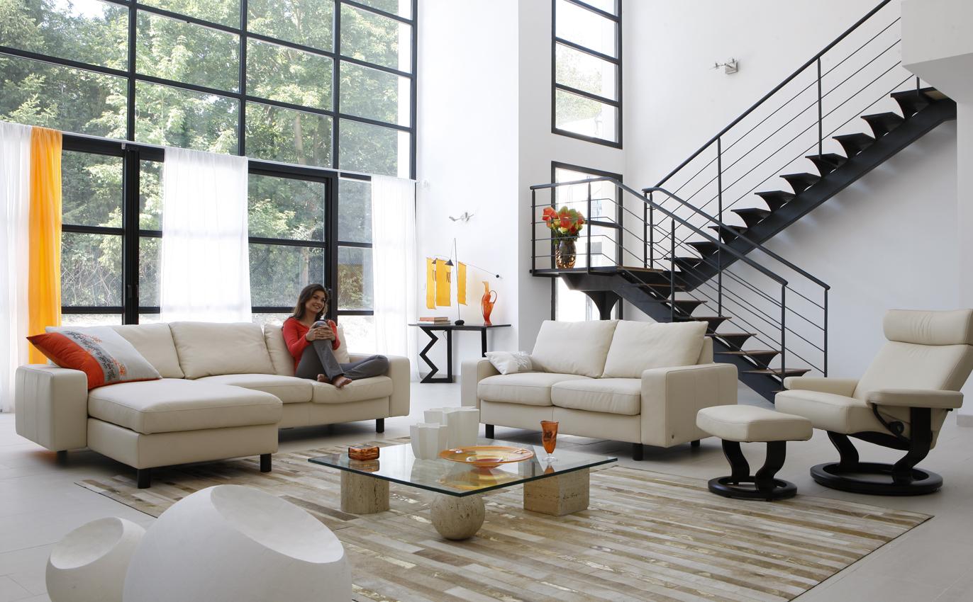 salima make up hair catalogue roche bobois. Black Bedroom Furniture Sets. Home Design Ideas