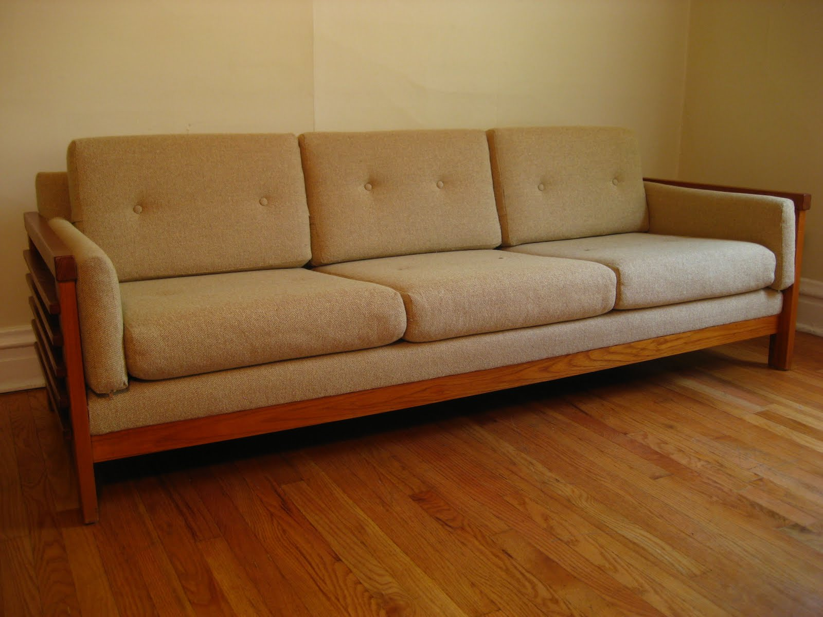 flatout design Teak Sofa