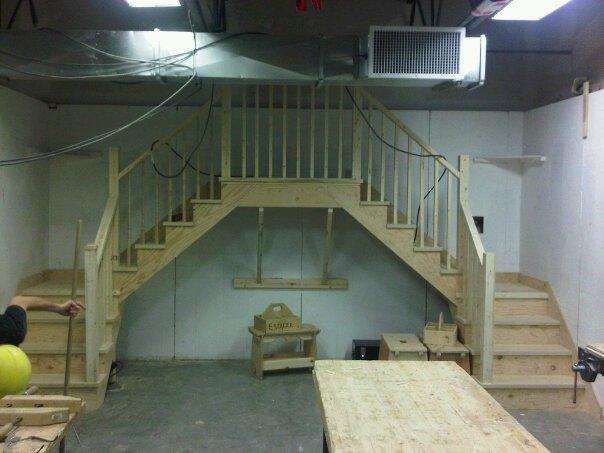 le menuisier comment calculer un limon d 39 escalier facilement. Black Bedroom Furniture Sets. Home Design Ideas