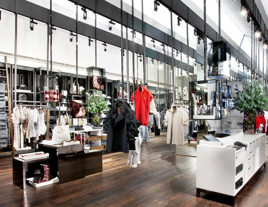 eb670d57d68e chic in town  Burberry opens new stores either side of its Americas  headquarters