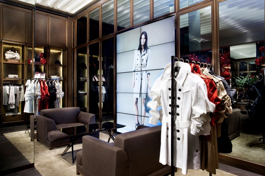 bb6795838a89 The new stores showcase the Burberry Brit and Burberry London collections  for men and women!