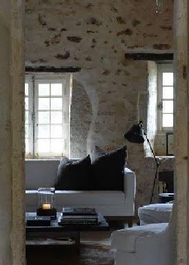 Sofa - Salon - Le Logis de Puygaty Bed and Breakfast as seen on linenandlavender.net