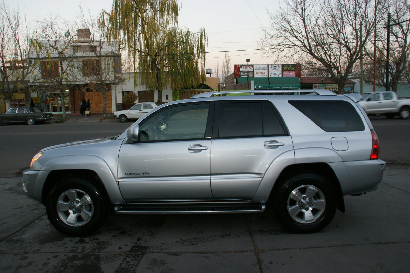 Toyota 4runner Limited V8 2004