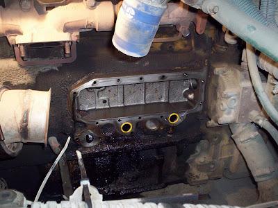 School Bus Mechanic: Cat 3116 Oil Cooler Repair