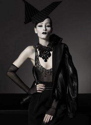 Fashion War Gothic Fashion Of Vogue Italy Vs Flair