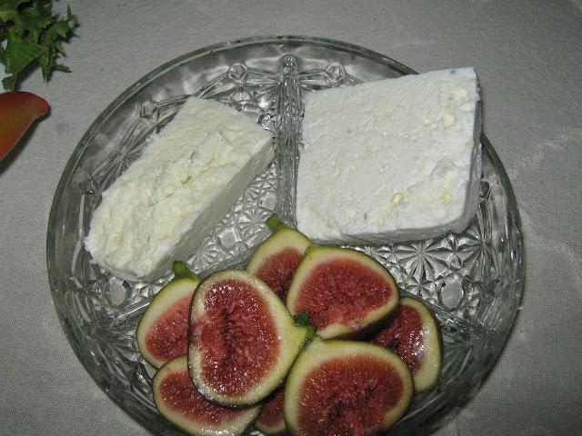füge és sajt