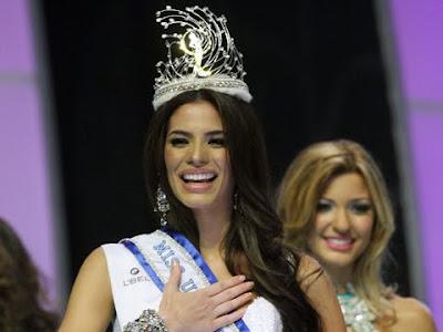 La Alfombra Rosa: Nuestra Belleza México 2010-2011
