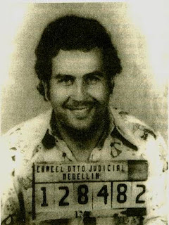 La Biografia de Pablo Escobar (Fotos y Video)