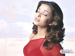 Aishwarya In Red Saree 3