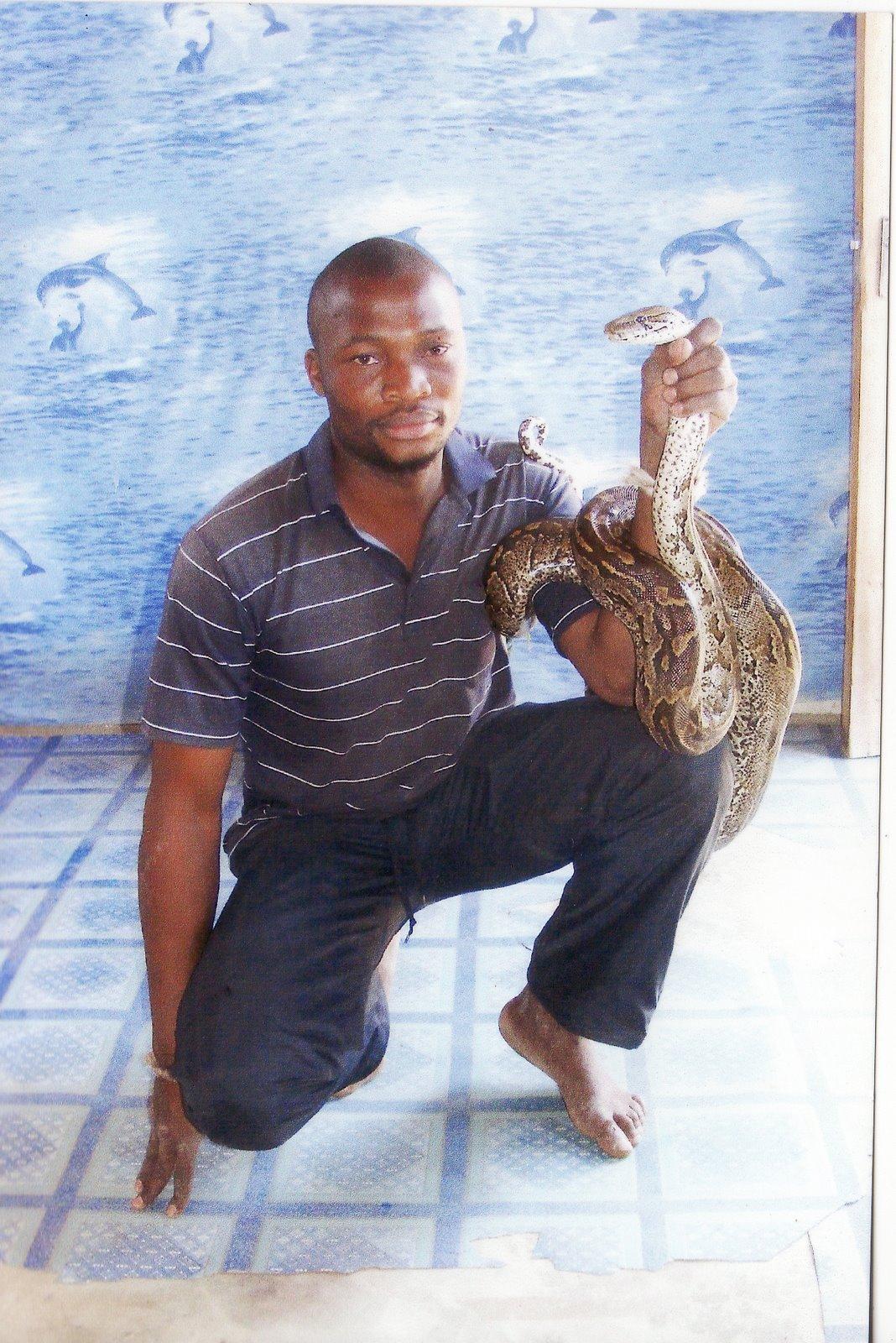 Manguzi News: Bhekisisa Ntsele on the move to start a Snake
