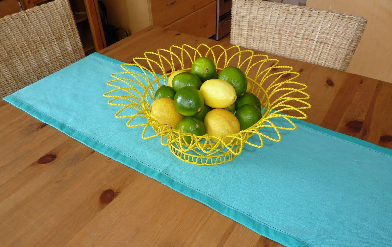 My Crafty Days: Vintage Pyrex and Funky Fruit Bowl