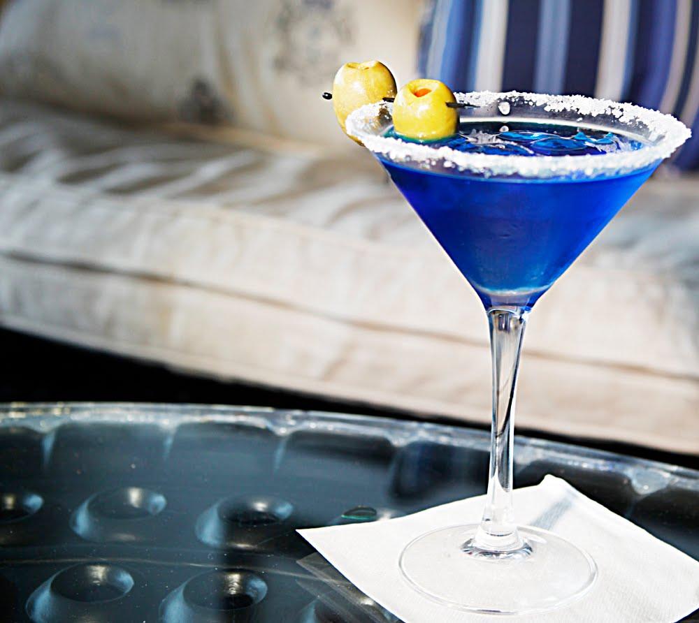 Wedding Cocktail Ideas: THE SUNSET MALIBU: SIGNATURE WEDDING COCKTAILS