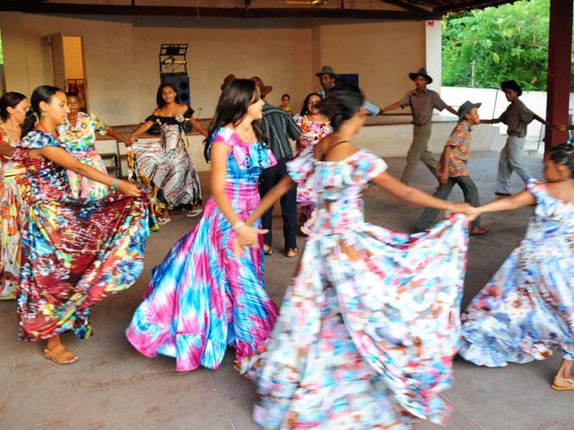 Carnaval a moda brasileira - 2 part 1