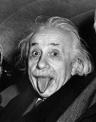 Albert Einstein si Jenius abad 20 termasuk sosok yang jenaka.