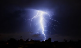 Beautiful Lightning 01.jpg