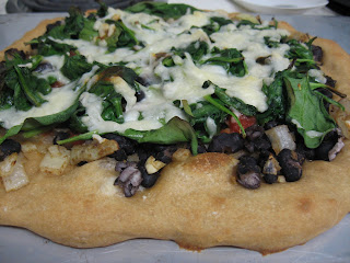Mexican black bean and spinach pizza with whole wheat dough, adapted from Culinary in the Desert
