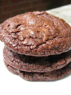 A close up of a chocolate cookies