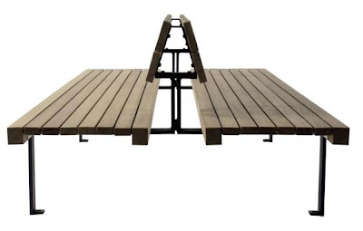Architettura catania legno e linee essenziali per l for Benito arredo urbano