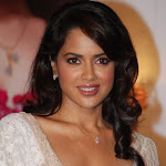 Sameera Reddy Launches Rivaaz For Gitanjali At Hilton
