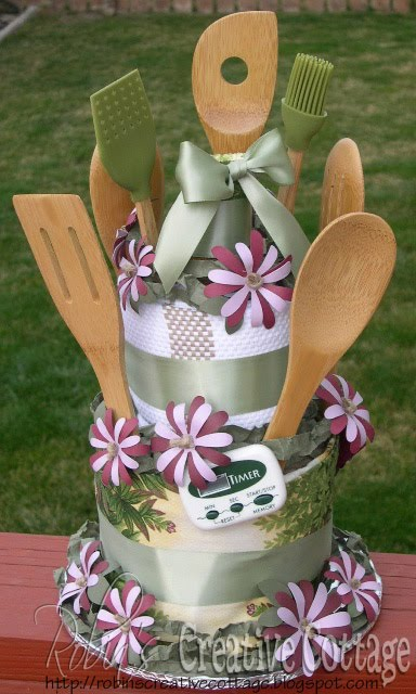 darcee 39 s blog today i 39ll show my towel cake using a dish towel set with cooking utensils. Black Bedroom Furniture Sets. Home Design Ideas