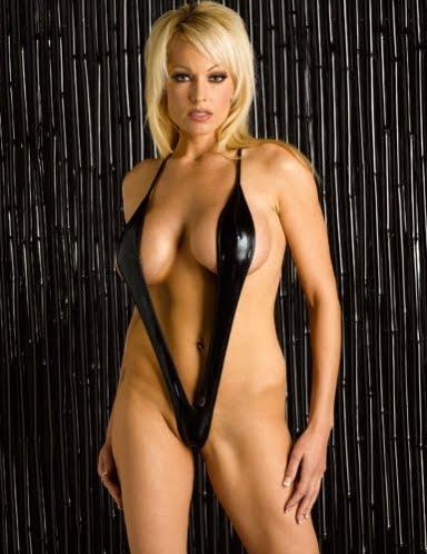 Talk Onyx bikini models