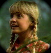 who played holly on land of the lost