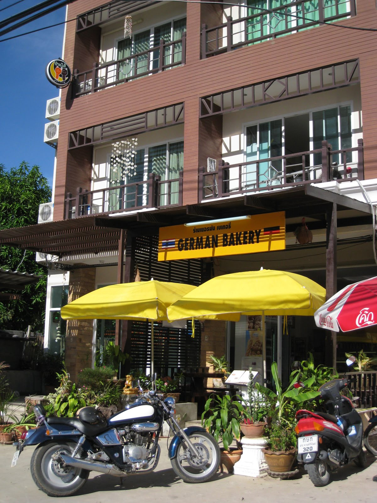 This place provides a lot of German related food and dish starting from  Breakfast (German and European Style) ... this is because the shop bake  bread ... d54f907f80