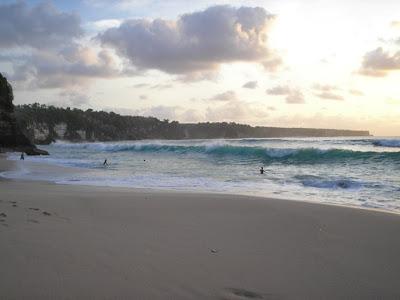 dreamland wave bali