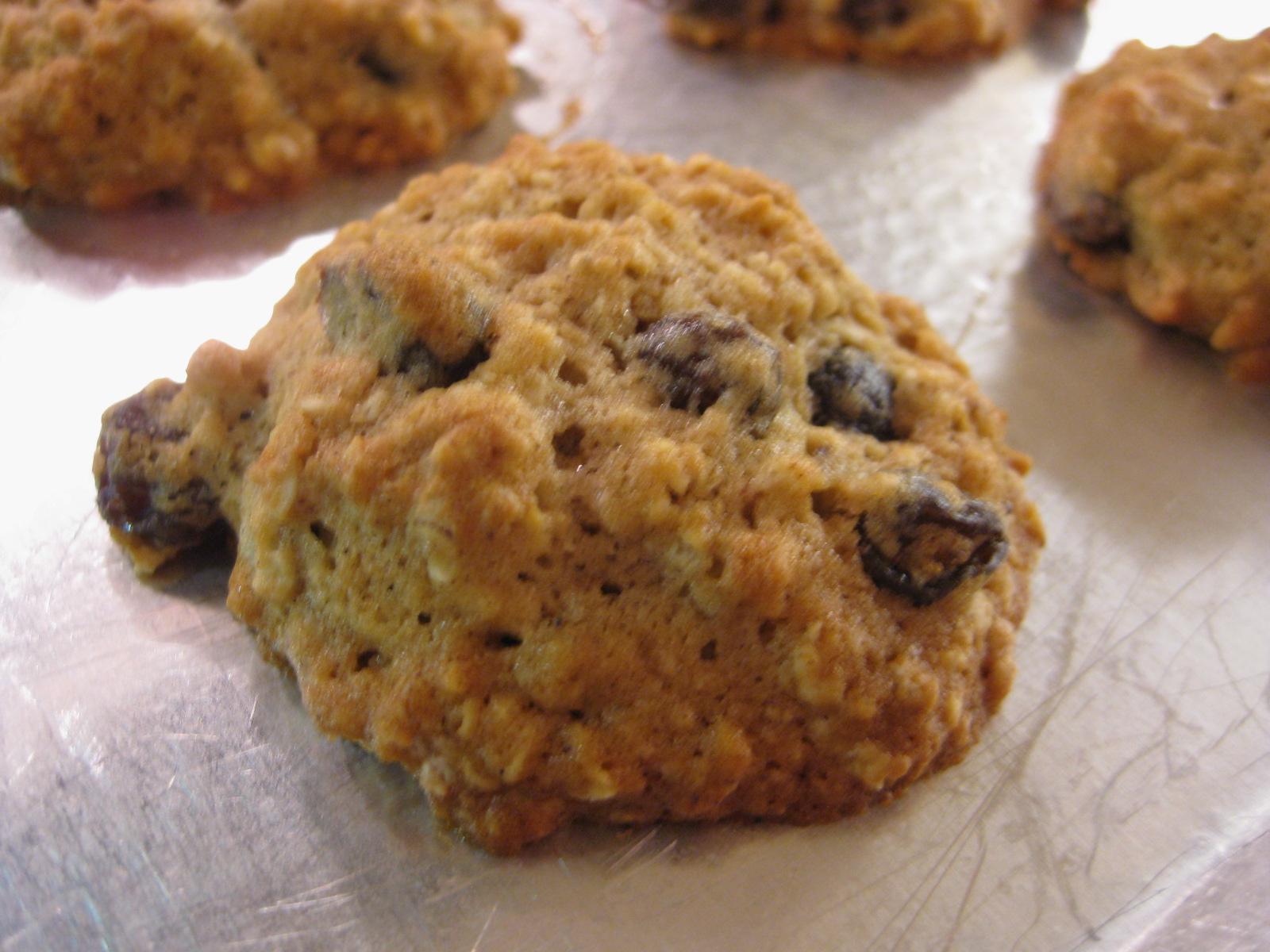 No, It's Brianne: Family Recipe: Oatmeal Raisin Cookies