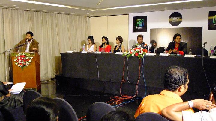 Our Lanka: SUPER SIX or Super SEXY ? super six sinhala