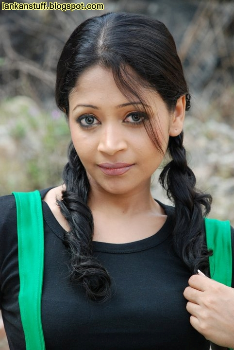 Our Lanka: Sri Lankan Models Photos ( 35 ) : Jana Daluwaththa