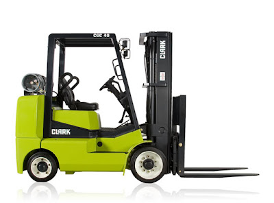 Clark CGC40 - Internal Combustion Cushion Tire Lift Truck