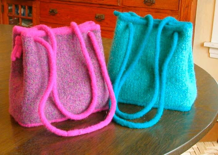 KNITTING AND WEAVING TIDBITS!: Fabulous Felted Purse ...