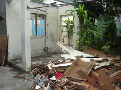 demolished-house-porch