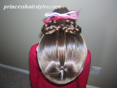 easy heart hairstyle