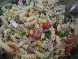 Camille Cuisine Salade De Pates Au Thon Au Mais Et Aux Tomates Cerises