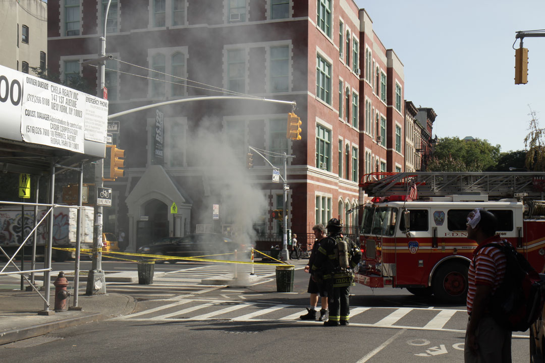 Ev Grieve Updated Explosion Fire On First Avenue And