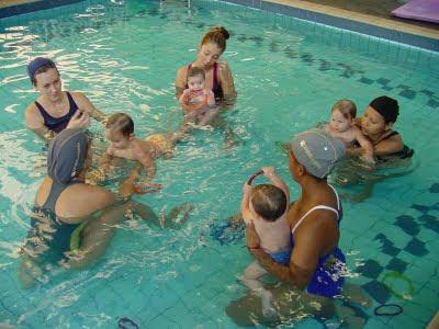3a3f917df2ecd Diversas atividades estão disponíveis para tornar a aula um momento  agradável tanto para os bebês quanto para os seus acompanhantes.