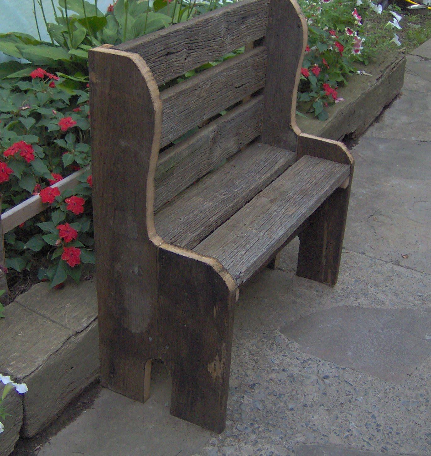 Jamonkeyschwap's Jammin Idea's: Rustic Barnboard Creations