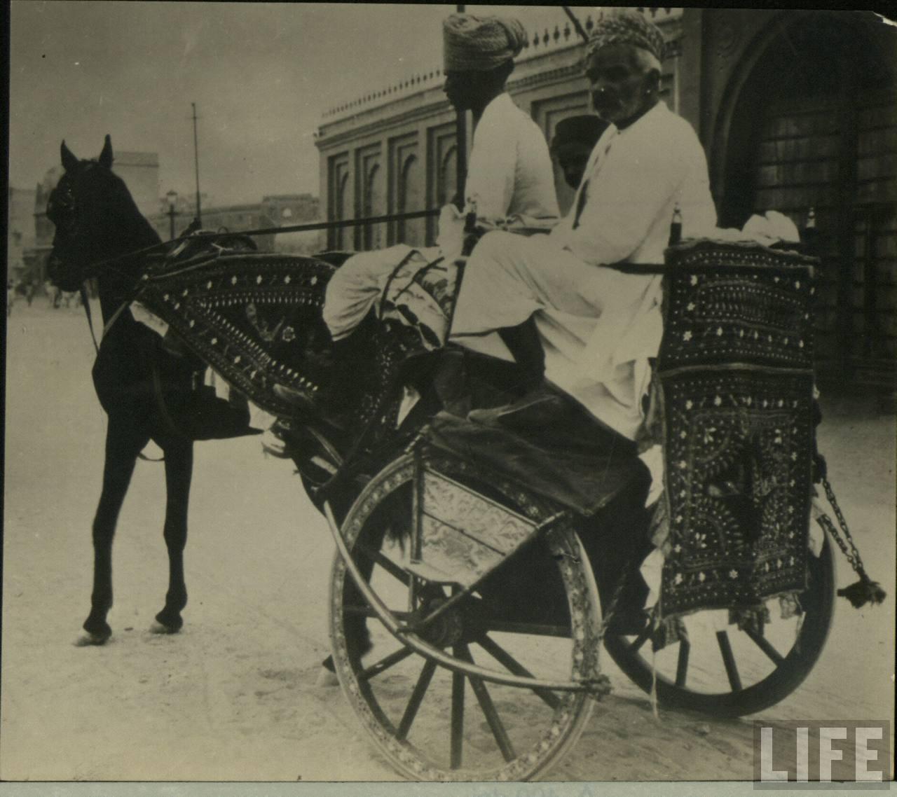 Tanga or Tonga (Horse Cart)