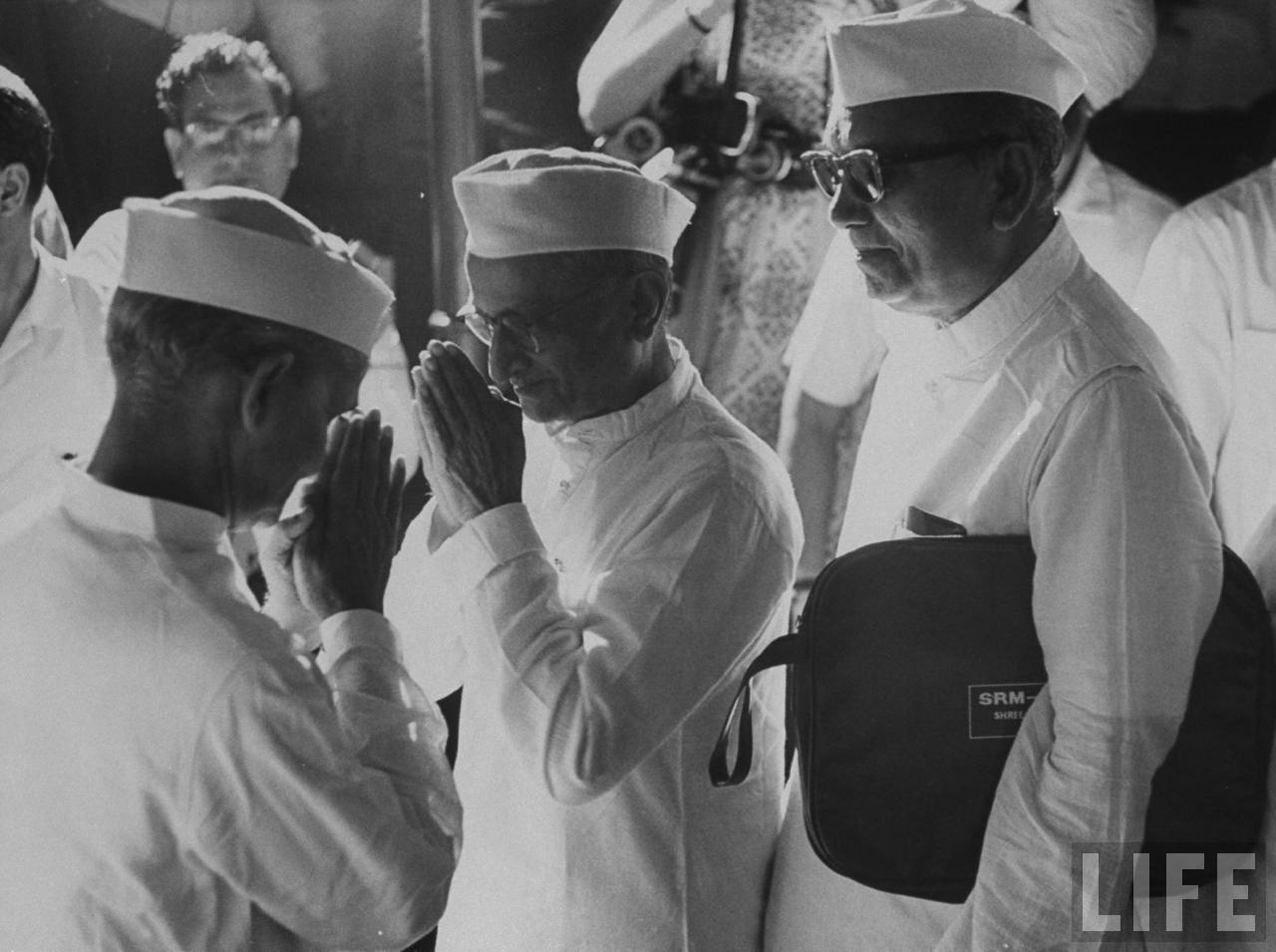 Face to Face -  Lal Bahadur Shastri (Left) and Morarji Desai (Center) - June 1964
