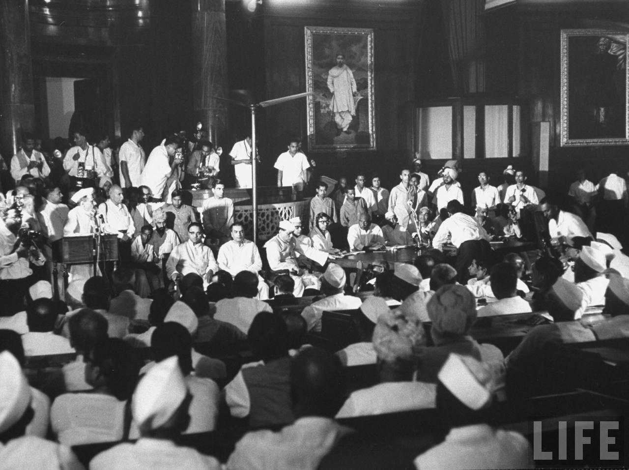 A meeting in New Delhi by party leaders to chose new Prime Minister - June 1964