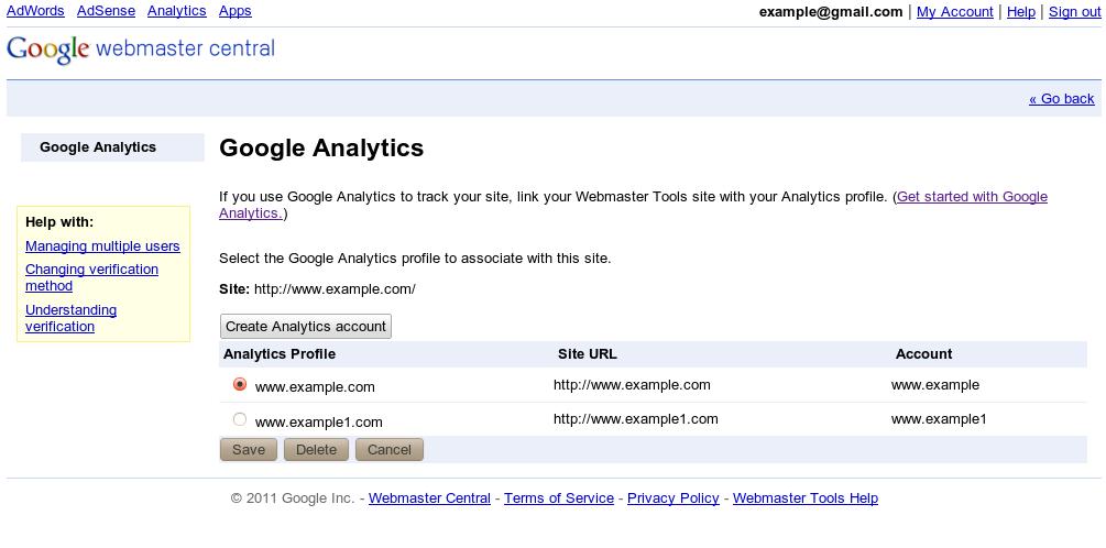 Choisissez le profil Analytics correspondant à votre site dans les Outils pour les Webmasters.