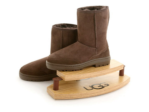 THE SAVVY SHOPPER: The Coziness Of Ugg